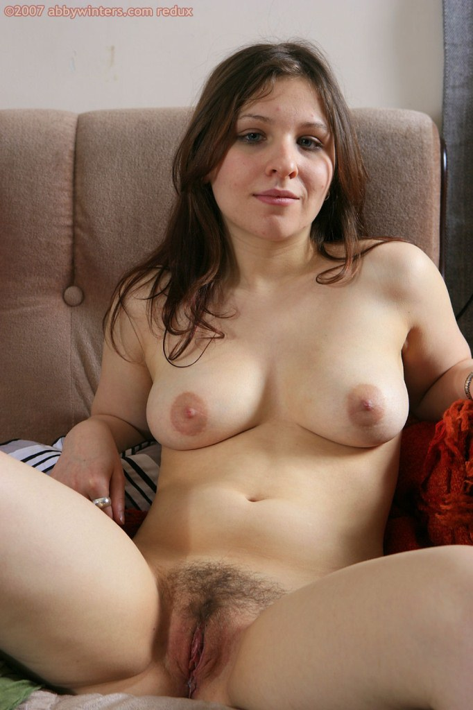 Amateur wives showing off