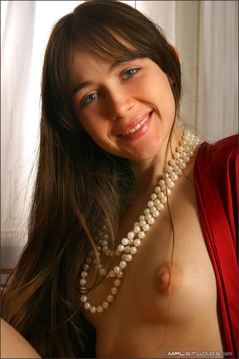 brdgirls galleries mplstudios closeups of cute russian sveta closeups of cute russian sveta 001